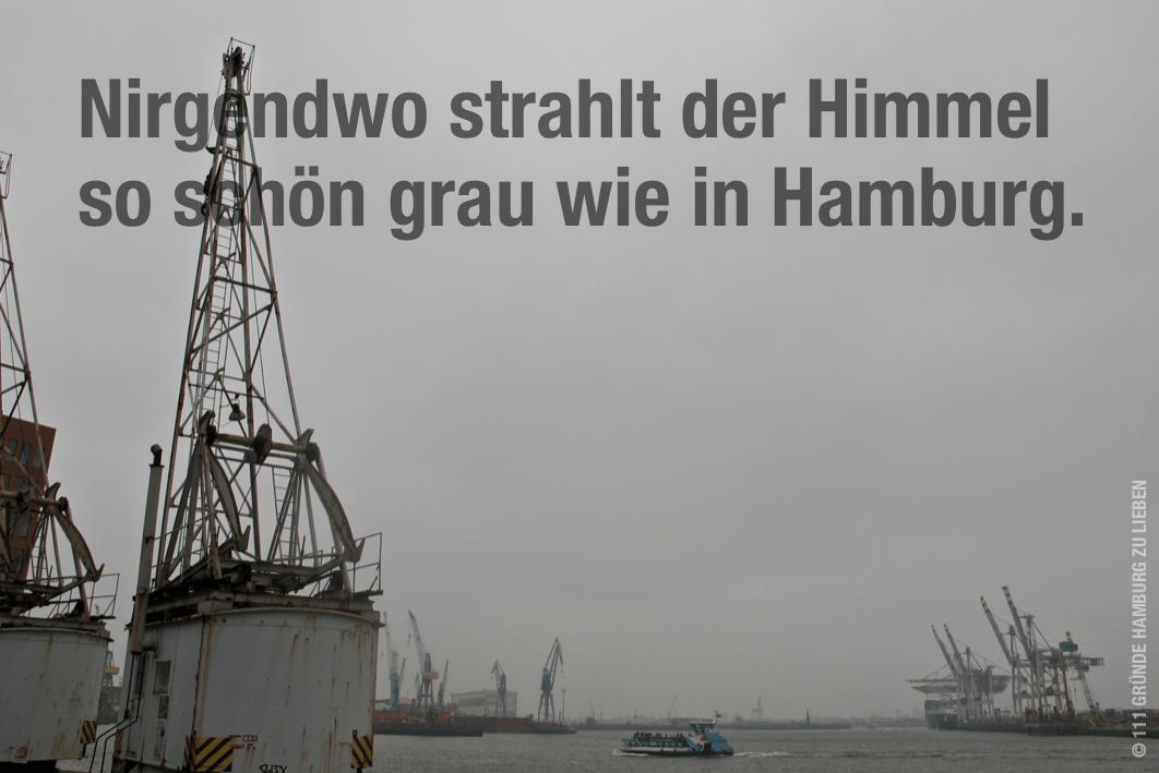 HAMBURGER HAFEN MIT KNALLGRAUEM HIMMEL
